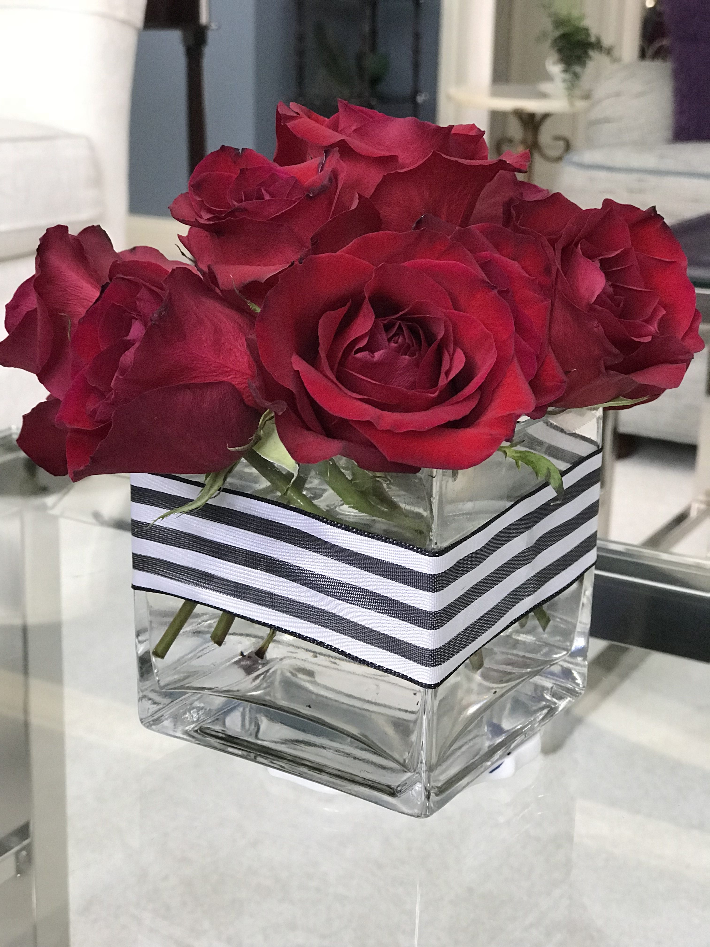 Use this method to make pretty flower arrangements